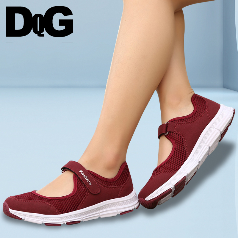 DQG 2018 Spring Women Shoes Summer Mom shoes Breathable Casual Shoes walking Sneakers free shipping candy color women garden shoes breathable women beach shoes hsa21