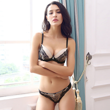 Sexy lace embroidered set lenceria mujer underwire push up thong lace bra set comfortable breathable underwear classic lingerie цена 2017