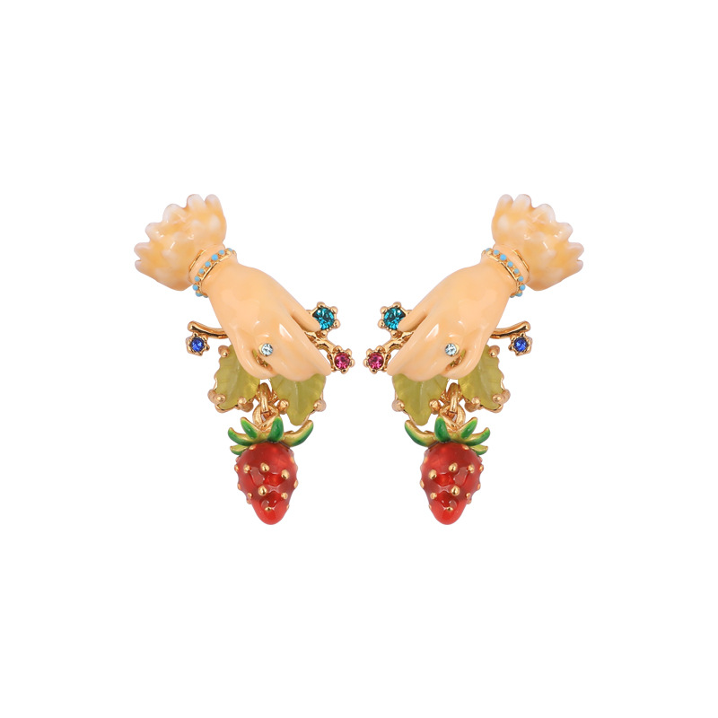 Juicy Grape European American Elegant Original Prong Setting Hand Painted Enamel Glaze Strawberry Stud Earring Fashion Jewelry