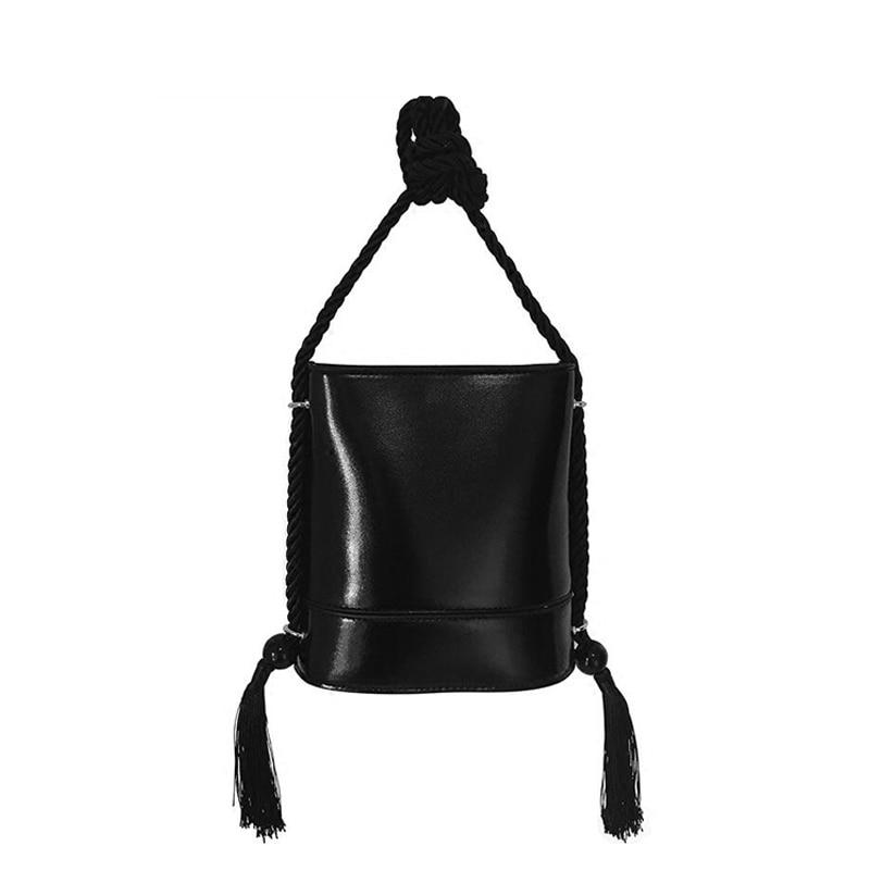 NEW Fashion vintage black tassel handbag Luxury PU Women Bucket bag Shoulder Bags Brand Designer Bags New Women's Bolsa Feminina компас silva compass expedition 37448