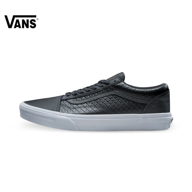 Original Vans White and Black Men's Skateboarding Shoes Vans Sports Shoes  Sneakers
