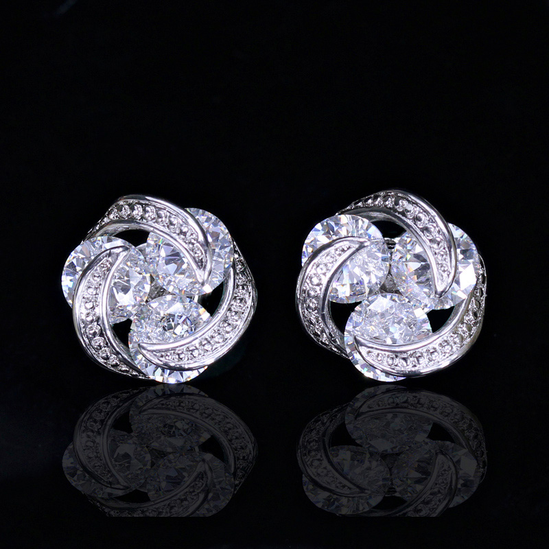 Crystal Stud Earrings7