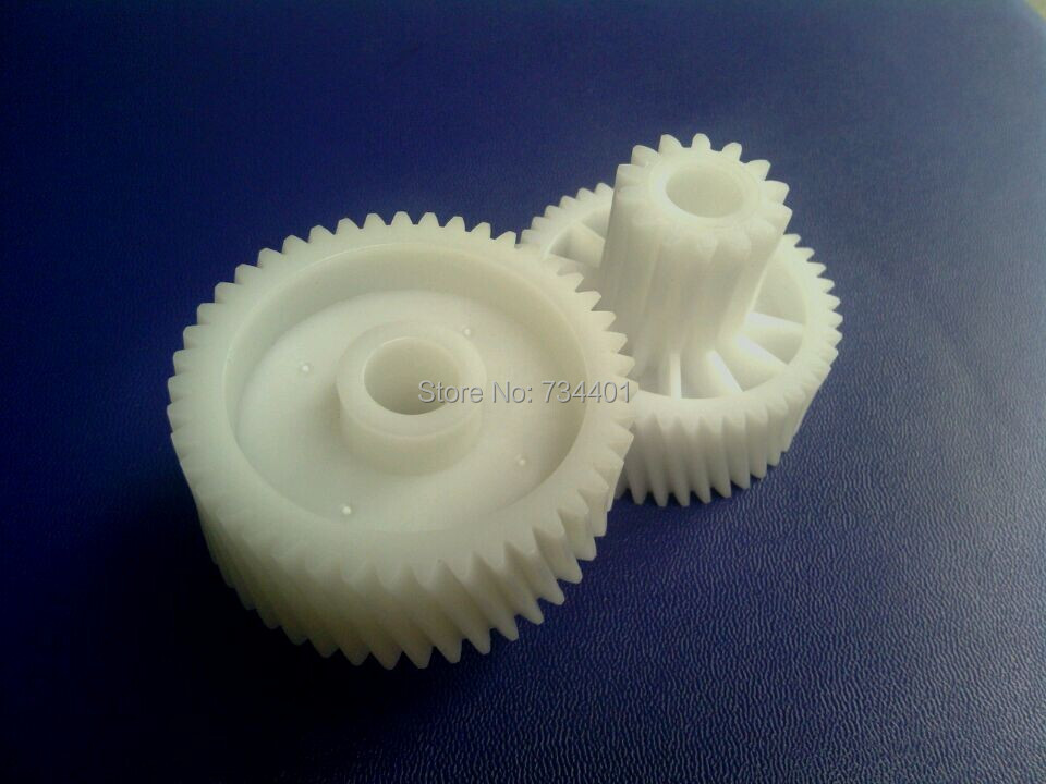 Free Shipping/Meat Grinder Parts KW712649 gear fit KENWOOD MG700/710/720 meat grinder parts gear plastic gear fit for braun power plus g1300 g1100 kgz4 kgz3 g1500 model 4242 4217 4195 unusde