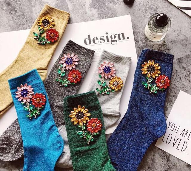Новый Прибыл Корейский Стиль Моды Женщины Зима жемчужина Цветок Gem Конфеты Цвет Ручной Работы Носки
