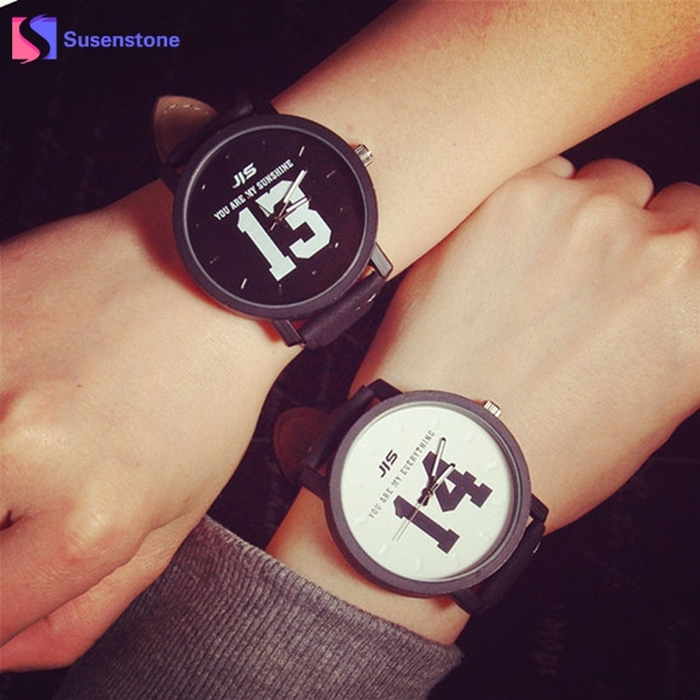 Fashion Letters Printed Men Women Couple Lovers Watch Leather Band Quartz Watch