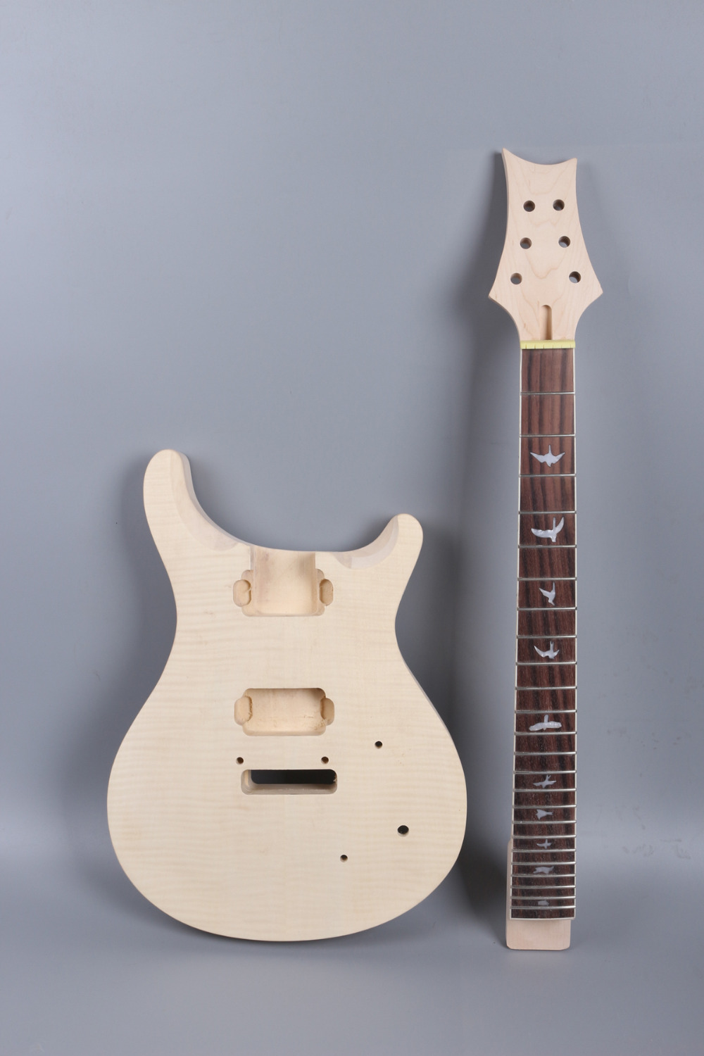electric guitar Body flam maple top Solid wood Diy guitar parts # 24.75 inch 24 fret mahogany made and rosewood fingerboard high quality custom shop lp jazz hollow body electric guitar vibrato system rosewood fingerboard mahogany body guitar
