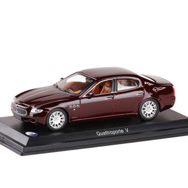 1:43 Scale Metal Alloy Classic MASERATIS Quattroporte Purple Car Model Diecast Vehicles Toys Collection Gifts For Kids Children