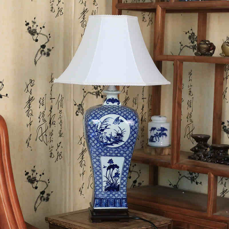 Vintage Style Porcelain Ceramic Desk Table Lamps For Bedside Chinese Blue  And White Porcelain Chinese Table Lamp Antique