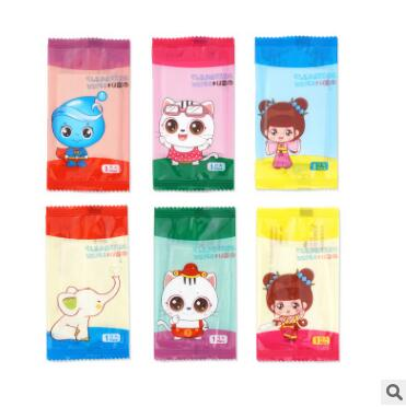 100 Bags/lot Disposable Non-woven Wipes Mini Independent Package Cartoon Wet Wipes Hand Mouth