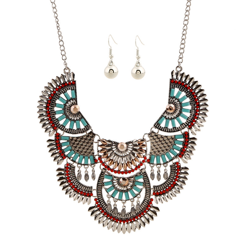 Vintage Statement Chokers Necklaces for Women Bohemian Ethnic Style Maxi