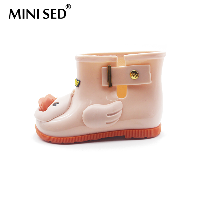 MINISED Brazilian Children Duck Boot Girl Rainboots Jelly Shoes Children  Sandals Water Shoes High Quality Girl Boots Comfortable-in Boots from  Mother   Kids ... 773f16e2ac37