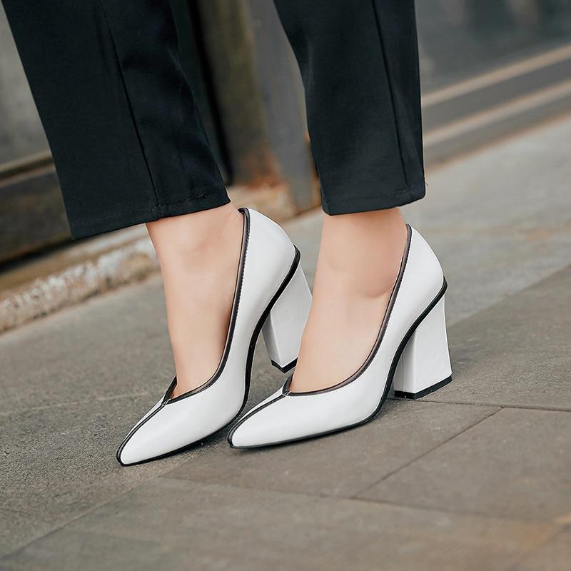 Simple Confortable Mode Printemps 2019 Talons Nouvelle Beige En Femmes Rétro noir Hauts kaki De Correspondant Style Chaussures blanc Sauvage Point Couleur Cuir wdvwtEq