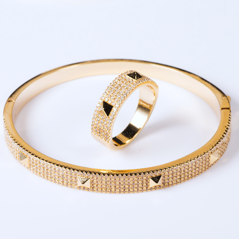 Brand Cubic Zircon Bangle Accessories For Girls Gifts Gold color Men s Bangle Pulseira Mujer Women