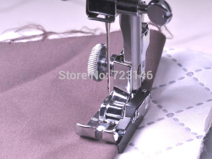2015 Promotion New Foot for Sewing Machine Snap-on 1/4 Seam Foot Feet for Household Sewing Machine Guide The Fabric image