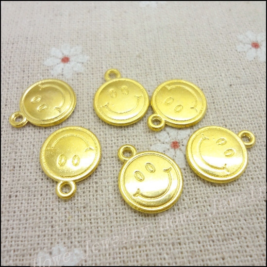 100 pcs Charms Smiley Pendant  Gold plated  Zinc Alloy Fit Bracelet Necklace DIY Metal Jewelry Findings