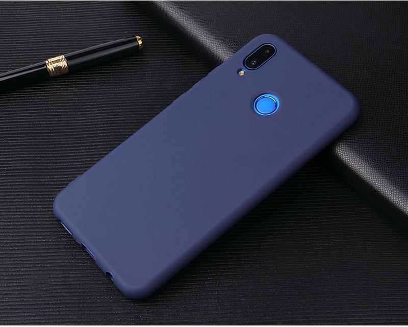 Silikonowe etui w kolorze - granatowy.