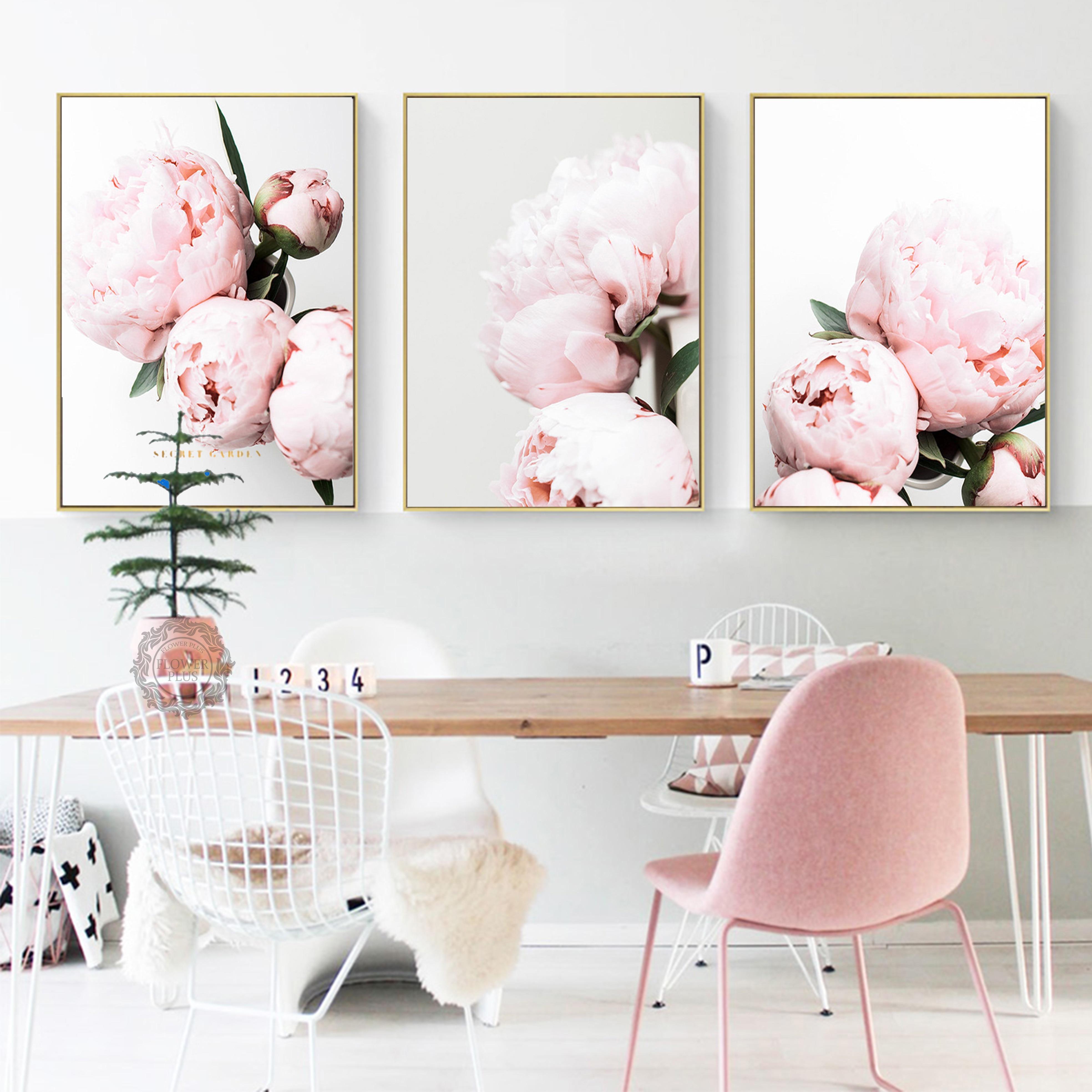 постер в розовых тонах днем рождения