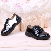 England Fashion Style Boys Girls Leather Shoes School Students Stage Shoes Black And White Breathable Hole