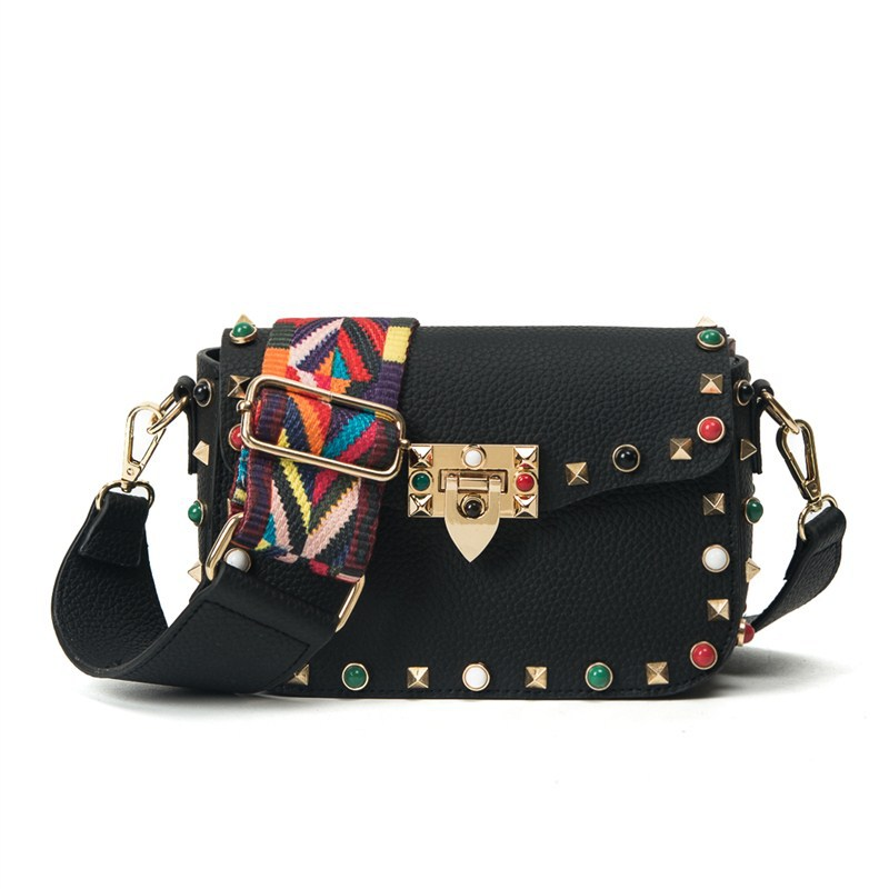 High Quality PU Leather Women Cross body Bags Female Fashion Color Rivet Design Mini Shoulder Bag Ladies Flap Strap Bag 2017 New