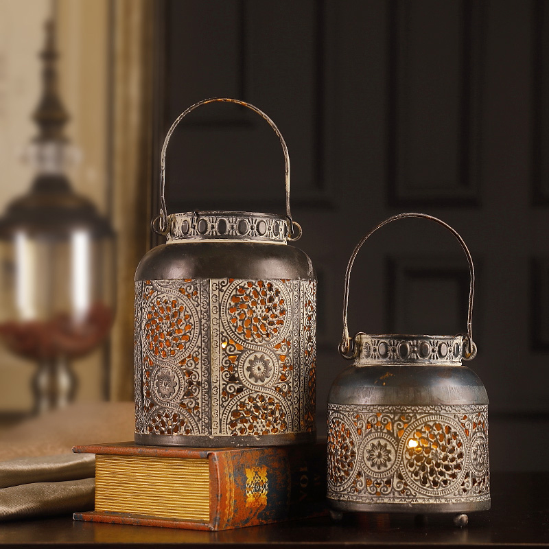 Europe Carved vintage cutout iron Candle holder Square/ round Lantern Candlestick Christmas Night Ornament Festival Home Decor