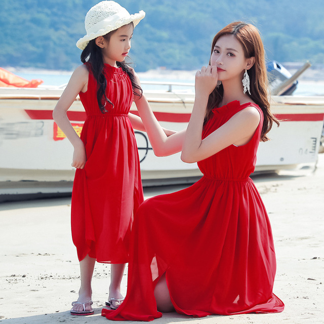 2af59471348 Mother And Daughter Dresses Red Chiffon Matching Clothes Family Look Girl  and Mother 2018 Summer Dress Beach Dresses Outfits