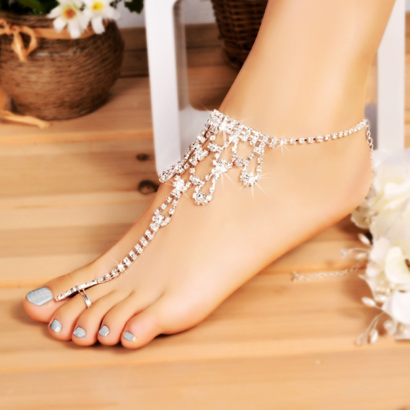 Foot Anklet Bridal Accessories Women Sexy Rhinestone Barefoot Sandals  Crystal Anklet Beach Foot Toe Jewelry 7C0400-in Anklets from Jewelry    Accessories on ... 6df96851991b