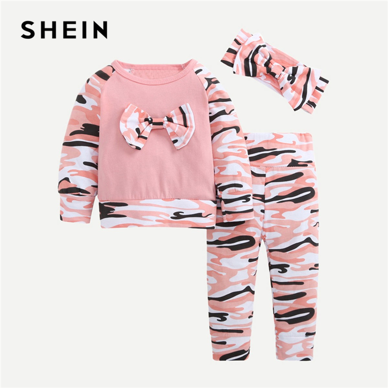 SHEIN Kiddie Pink Bow Front Pullover And Camouflage Pants With Headband Girls Sets 2019 Spring Long Sleeve Casual Kids Suit Sets frill trim bow tie front pants