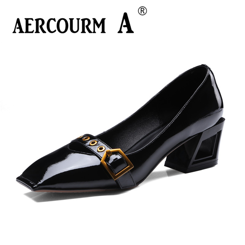 цена на Aercourm A 2018 Spring Women Black Pumps Square Toe Genuine Leather Shoes Middle Square Heel Metal Button Female Shoes DTN98
