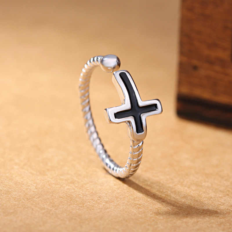 Kiteal 925 jewerly Silver Classical jewelry women finger Rings punk Black Vinyl Cross Twist Thai Silver Ring For Men S-R59