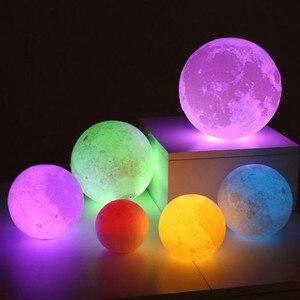 Image 5 - Новое поступление подвесной шар 13 20 см 3D Лунная лампа с дистанционным управлением RGB светодиодный ночсветильник USB лунное освещение деревянная подставка