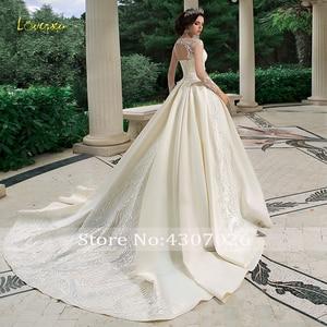 Image 2 - Loverxu スクープ夜会服のウェディングドレス 2019 アップリケビーズロングスリーブ花嫁ドレスチャペルの列車の花嫁衣装プラスサイズ
