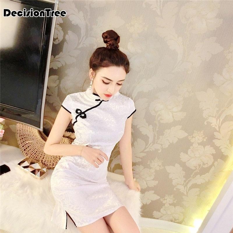 2020 Improved Female Cheongsam Elegant Bridesmaid Wedding Dress Vestidos Novelty Qipao Sexy Prom Party Gowns