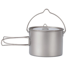 лучшая цена TOP!-900Ml Titanium Pot Hanging Camping Pot Portable Water Cup With Lid Foldable Handle Outdoor Tableware Picnic Cookware