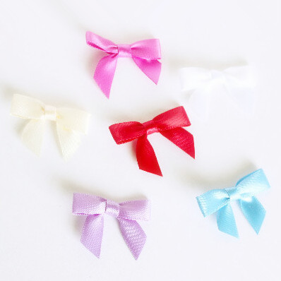 Free Shipping 500pcs lot Tiny White Red Green Orange Yellow Polyester Small Satin Bows Mix Colors