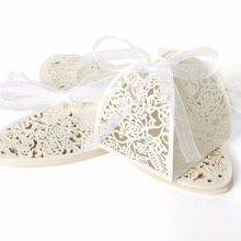 RMTPT 50pcs Laser Cut Hollow Rose Flower Favors Gifts Boxes Candy With Ribbon Baby Shower Wedding Party Supplies