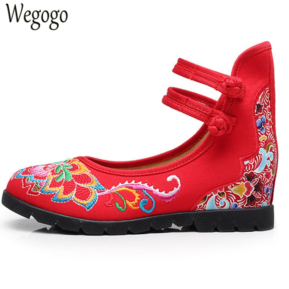 Wegogo Women Flats Shoes Floral Embroidered Cotton Cloth Ankle Buckles Embroidery Canvas Dance Ballet Platforms Zapatos Mujer vintage embroidery women flats chinese floral canvas embroidered shoes national old beijing cloth single dance soft flats