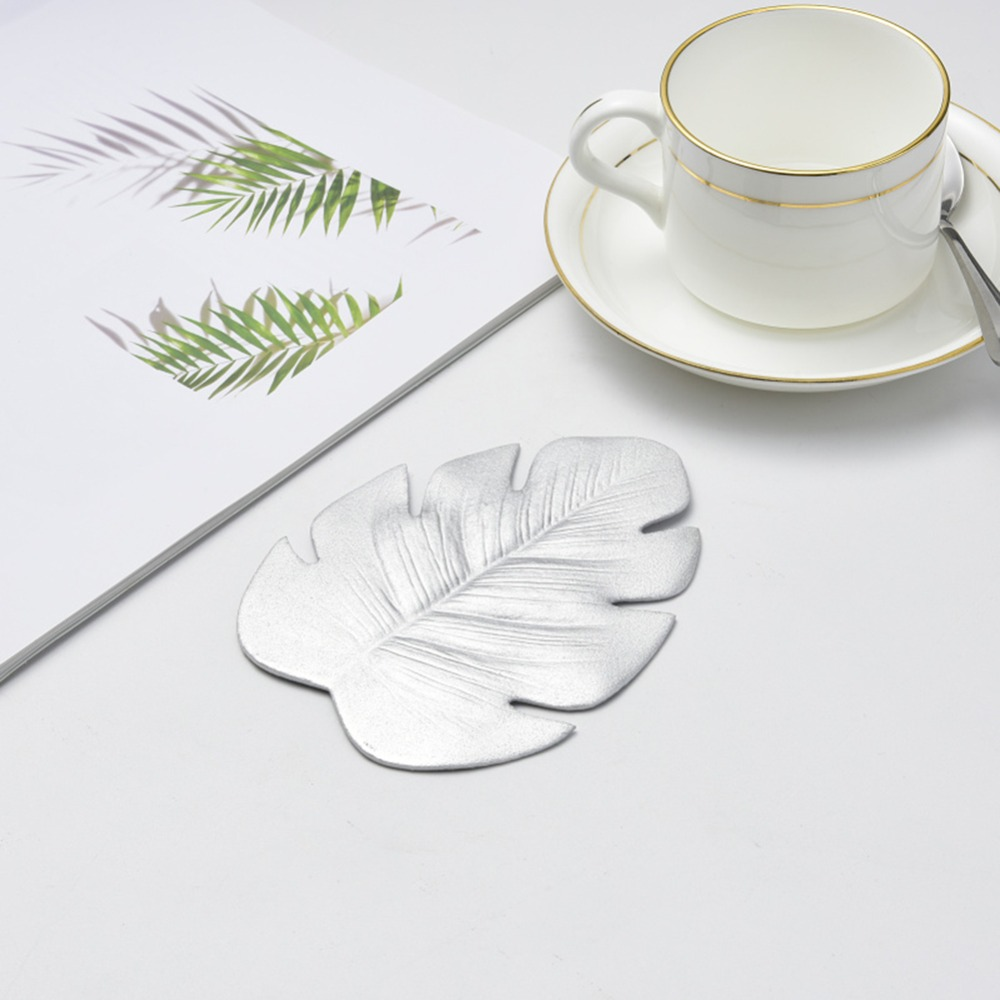 New Hot Coffee Tea Cup Mats Table Decor Simulation Leaves Mats