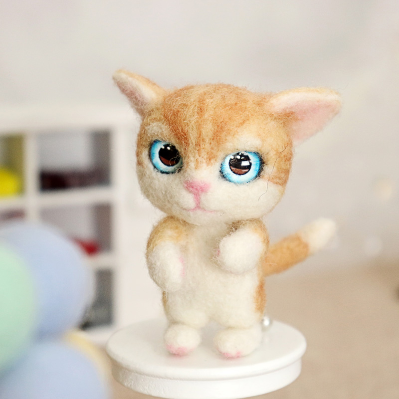 Lovely Naughty Cat Wool Needle Felting DIY Handcarft Decoration For Home Wedding Women Girls Birthday Gift 2019