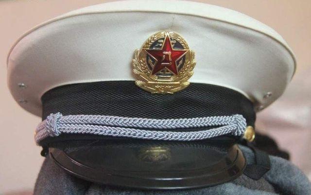 b96b5db2a77 PLA NAVY M87 VISOR OFFICER HAT CHINA uniform military udssr soviet cap army  H01