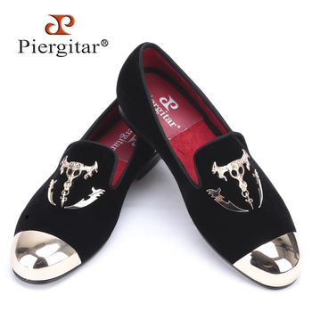 Velvet shoes with skull buckle and gold toe British style men loafers luxurious men dress shoes