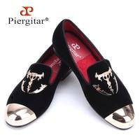 Piergitar men black velvet shoes with skull buckle and gold toe British style men loafers luxurious men dress shoes men's flats