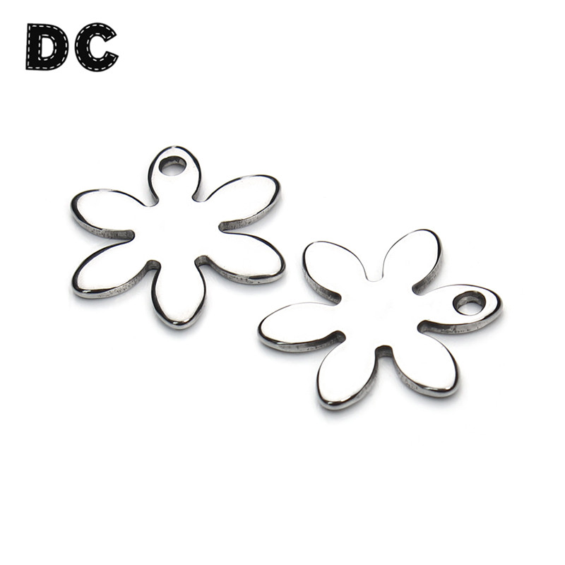 DC 20pcs/lot 17mm Stainless Steel Flower Charms Pendants Metal Stamping Blank Tags for Necklace Bracelet Jewlery Making Supplies