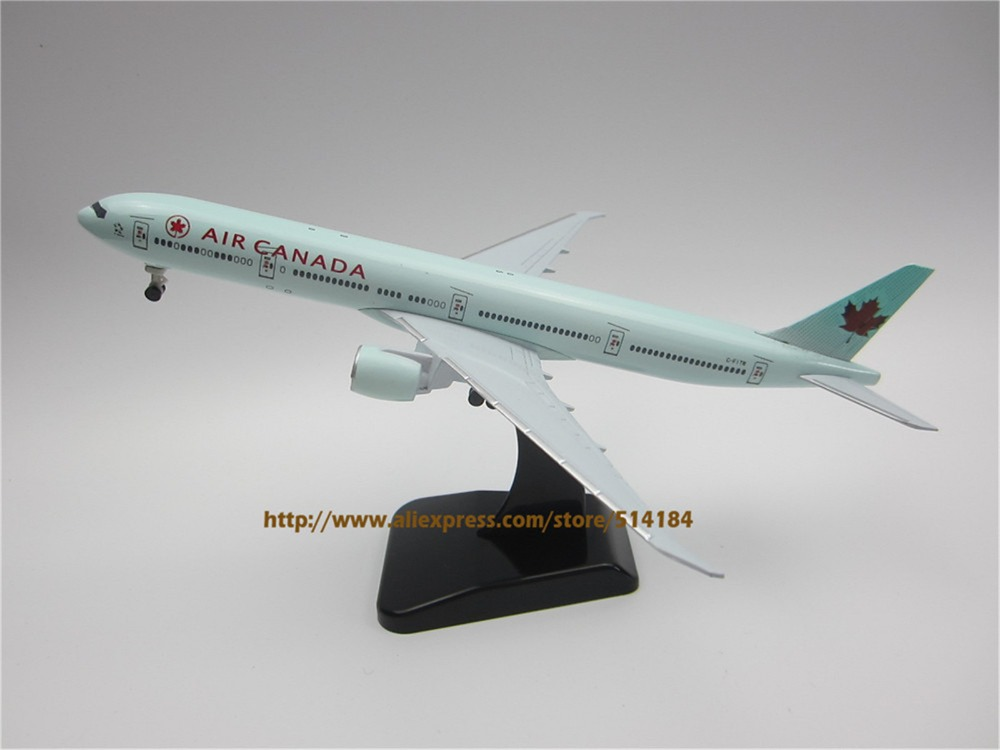 Aeronautica Transportation Collectables Boeing 777-300er Air Canada Wood Airplane Model