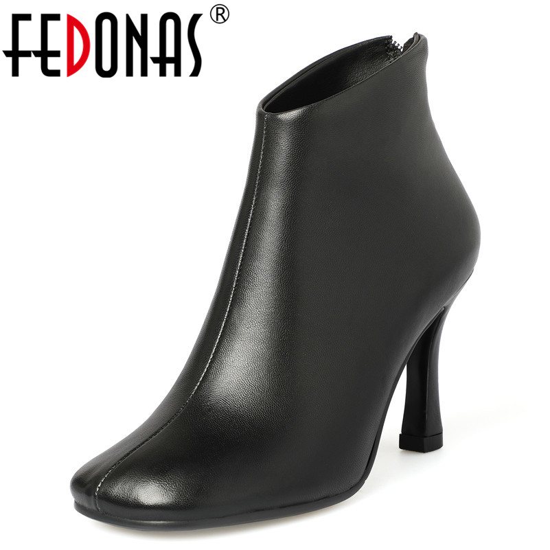 FEDONAS Fashion Women Ankle Boots SheepSkin Autumn Winter Warm High Heels Shoes Casual Quality Zipper Basic Pumps Shoes WomanFEDONAS Fashion Women Ankle Boots SheepSkin Autumn Winter Warm High Heels Shoes Casual Quality Zipper Basic Pumps Shoes Woman
