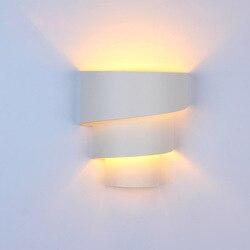 Nowoczesne mody kinkiety lampki nocne sypialnia marnościami światła oświetlenie dla domu ściany AC110-240V ścienne