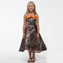 2017 New Spaghetti Straps A Line Hi Lo Junior Bridesmaid Dresses Camo Flower Girls Dress for Wedding Party Tea Length HT197