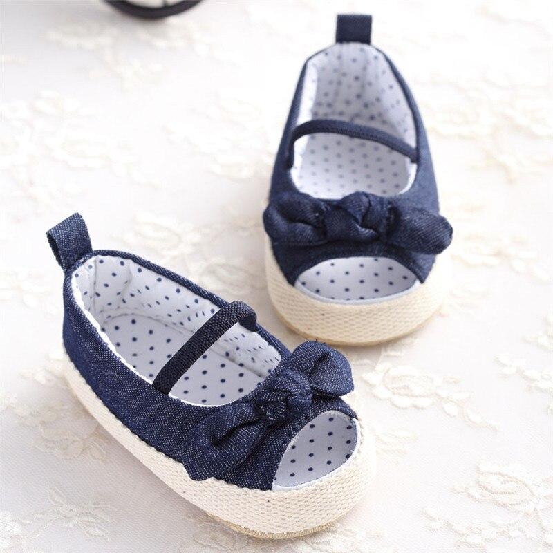 Одежда для малышей для девочек Летняя обувь первые ходоки джинсовые детские кроссовки обувь для новорожденных бантом для малышей детская м...