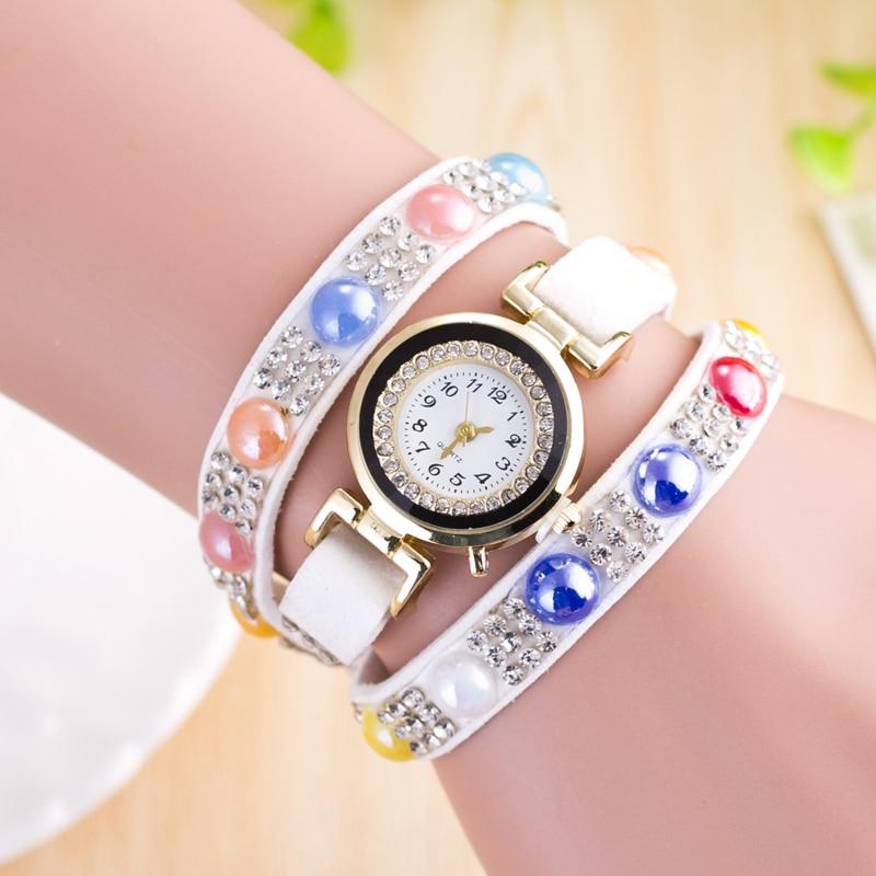 2a5af8807d8d Nueva llegada Relojes de Cuero de la vendimia mujeres joyas pulsera reloj  mujeres vestido de cuarzo reloj Relogio Feminino Relojes
