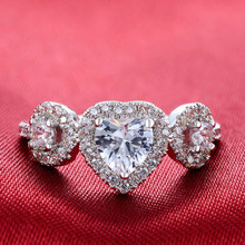 Huitan New Arrival Heart Ring Band For Women With Three Sparkly Crystal Cubic Zircon Factory Direct Sale Size 6-10