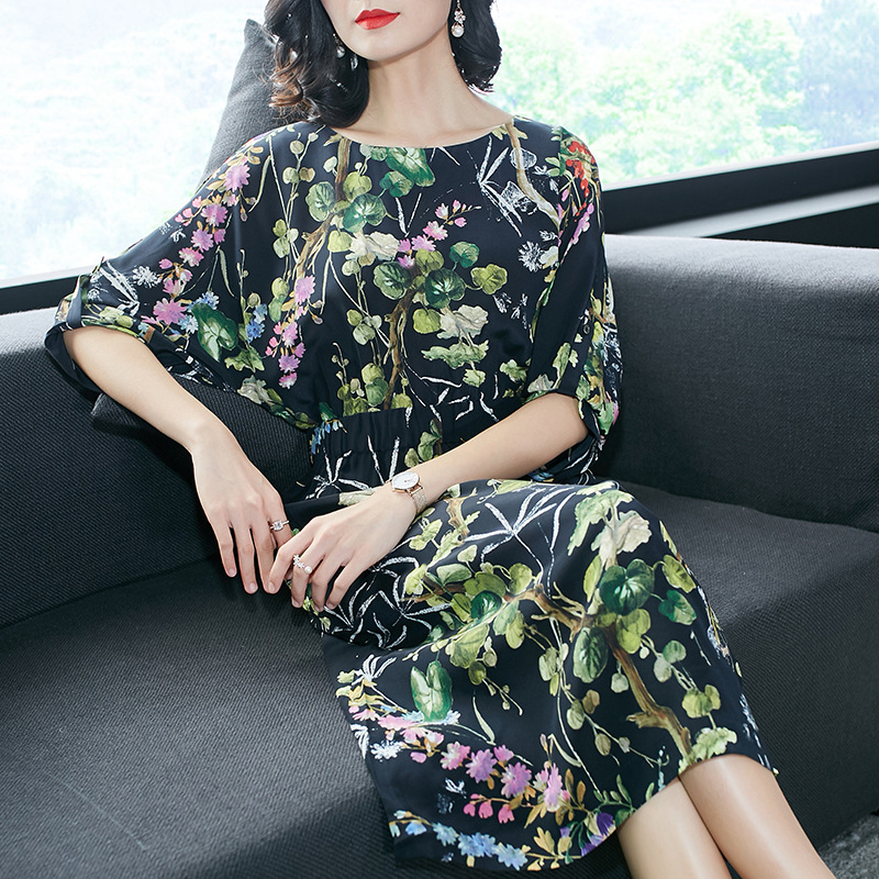 100 Silk print bawting sleeve loose dress 2018 new runway women summer dress high quality office lady a line dress in Dresses from Women 39 s Clothing